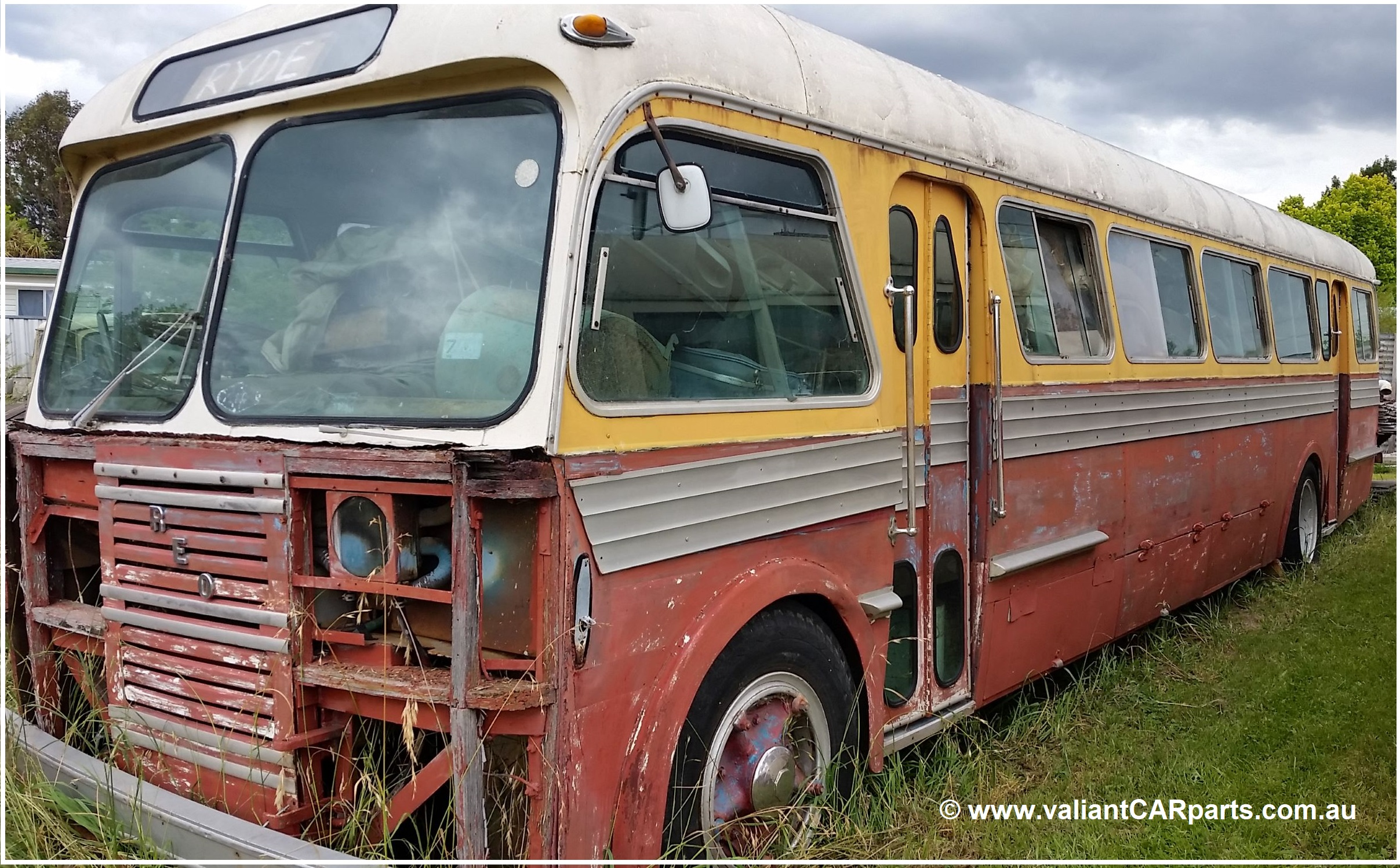1960s_vintage_REO_gold_comet_Ryde_Coach_Bus_for_sale_nsw_australia-LHF